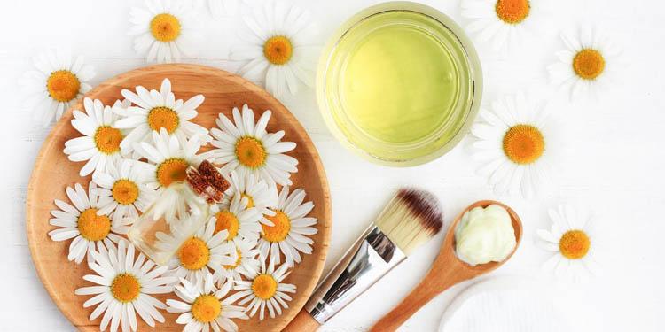 la manzanilla en la cosmetica